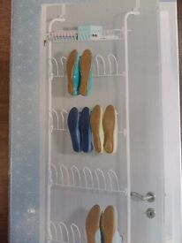 Space saving door shoe rack by Ordex