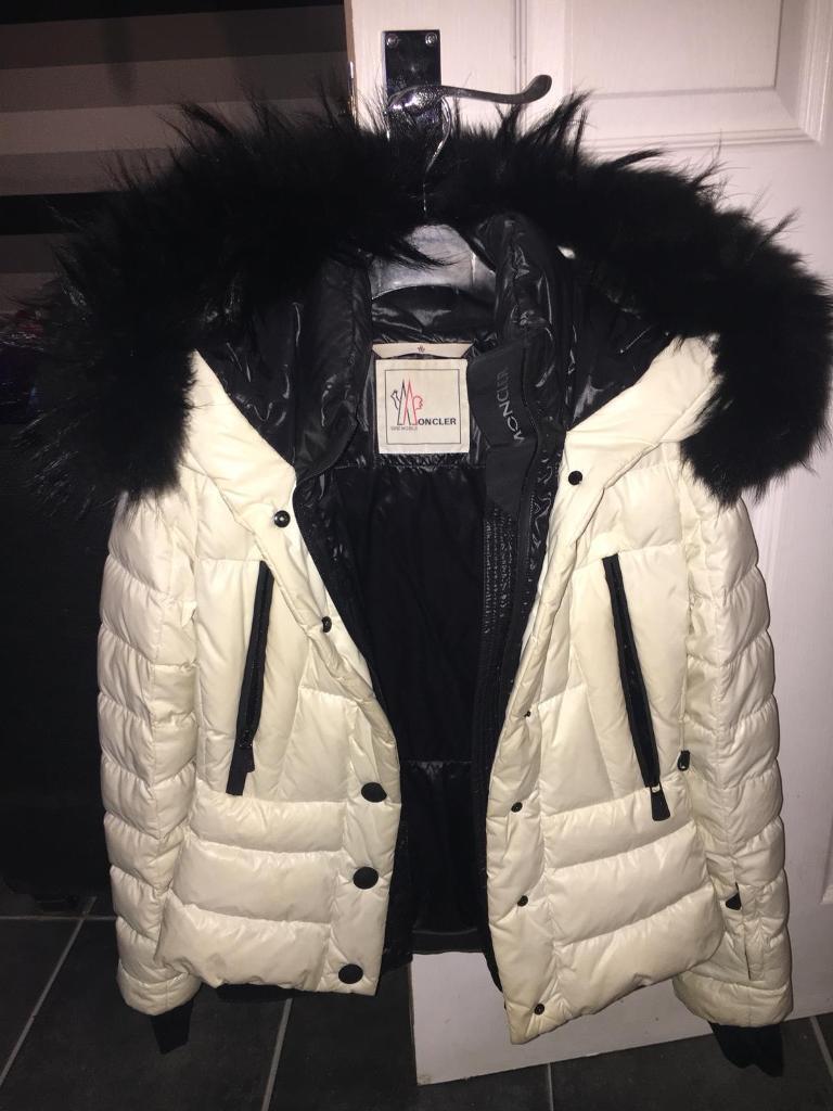04c9debf3e36 Moncler Jacket