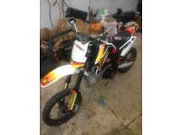 Stomp pit bike 160cc