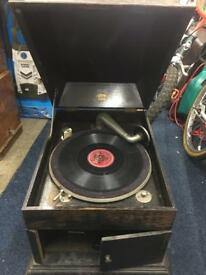 Wind up antique gramophone