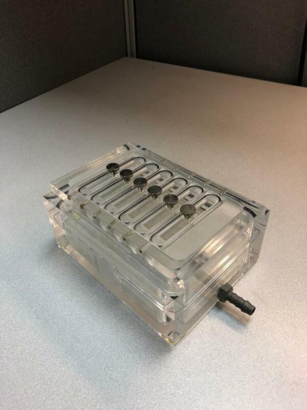 Qiagen QIAvac Vacuum Manifold System Block 19503 model no. 1
