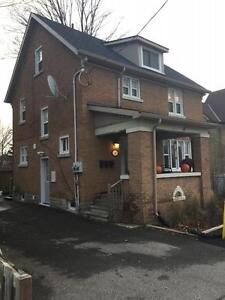 195 Victoria St N-One Bedroom All Inclusive Apartment