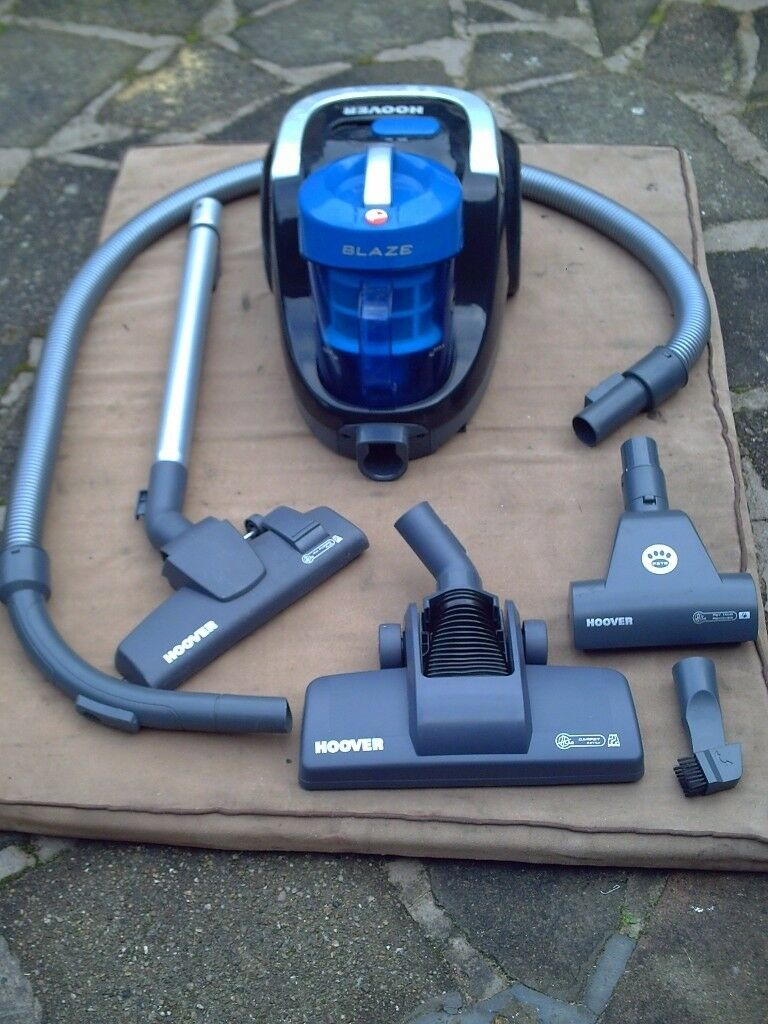 Hoover Blaze Cylinder vacuum cleaner