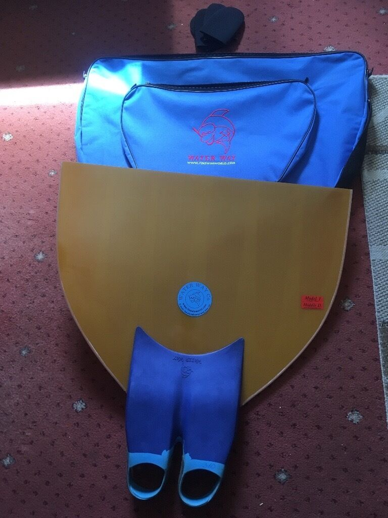 Monofin freediving free swimming with bagin Paisley, RenfrewshireGumtree - Water ways freediving monofin comes with bag and 4 neoprene half socks,all brand new and unused,the bag is worth more than my asking price,no offers
