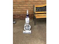 Dyson dc24 multi floor ultra lightweight dyson ball upright vacuum cleaner