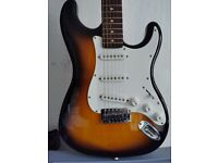 Electric guitar - Fender in excellent condition