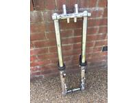 Suzuki GSF 600 K4 Bandit forks yokes and spindle