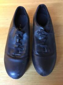 BLOCH tap shoes.