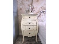 CREAM SHABBY CHIC FRENCH 4 DRAWER BEDSIDE TABLE CHEST OF DRAWERS DISTRESSED WOOD VINTAGE