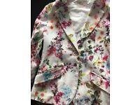 Zara Girls Floral Jacket Size 11-12 years , worn once