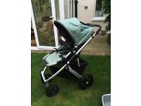 Uppababy Vista pushchair and carrycot.