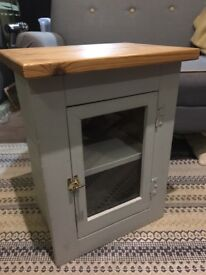 Small storage/display cupboard/cabinet