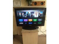 Samsung 32 inch tv and Apple TV (gen 2)