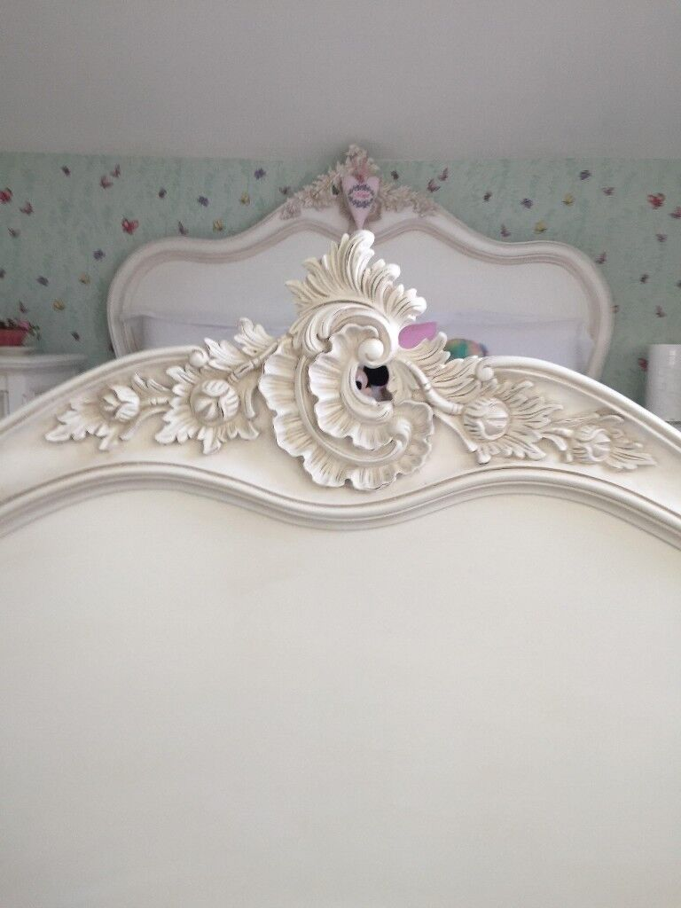 CHATEAU WHITE, SHABBY CHIC, FRENCH BEDROOM FURNITURE SET authentic aged  finish | in Finchampstead, Berkshire | Gumtree