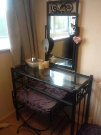 Lovely dressing table, treat your parter