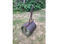 FREE - Vintage cast iron lawn roller - for scrap / repair
