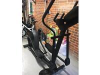 Life Fitness Cross Trainer