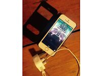 iPhone 5s -perfect condition- just over 1 year old - Latest ios 9.3.2 £175 no offers pls