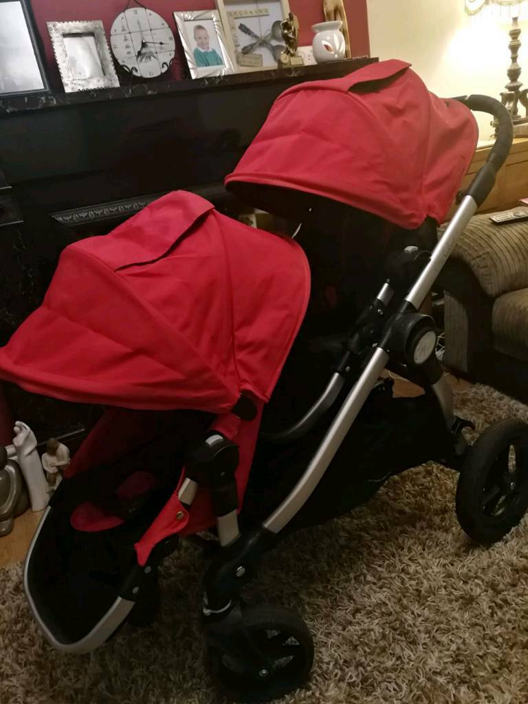 Baby jogger city select double pushchair and basinett