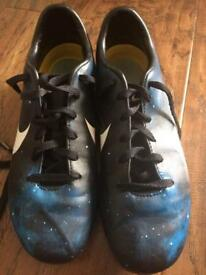 CR7 galaxy football boots size 4