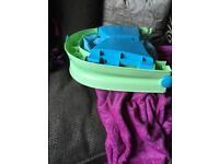 Fold away baby bath seat
