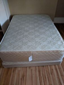 Mint Condition Double Mattress and Box Spring