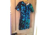 Blue sequin party dress from topshop size 6 but stretchable