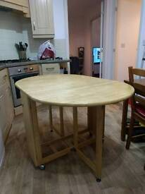Loose leaf dining/kitchen table