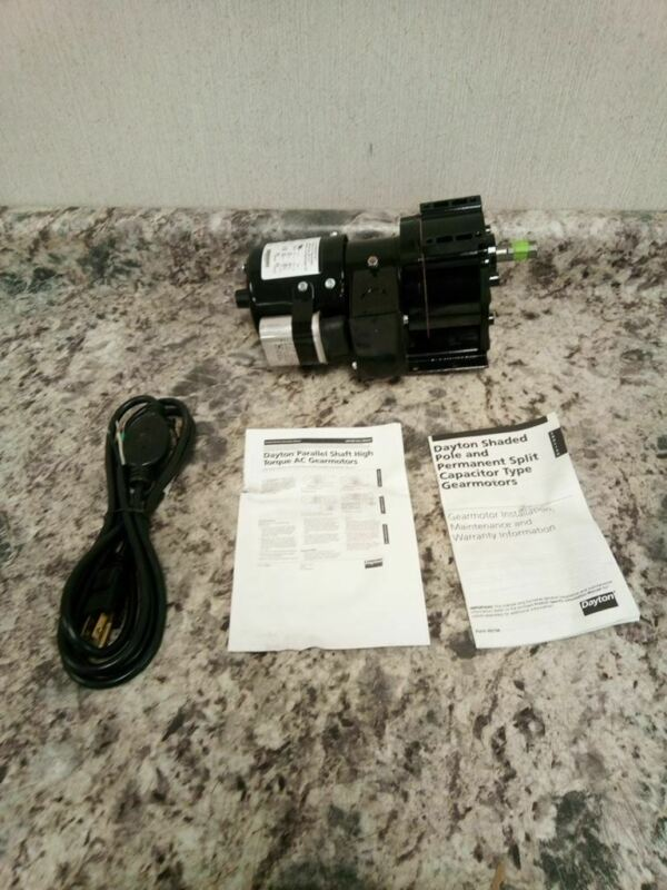 Dayton 4Z520C 1/15 Input HP 45 RPM 115/230VAC 92.0 In-Lb Max Torque AC Gearmotor