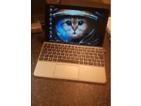 """ASUS 10.1"""" Laptop Tablet New Condition With Pen"""