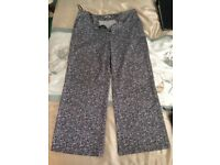 George Black & White Pattern Pants - Size 18