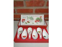 Easy Life 'Meditteraneo' ceramic appetizer Spoon and Dish set - BNIB