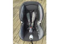 Maxi Cosi Priori XP car seat (9 months - 4yrs)