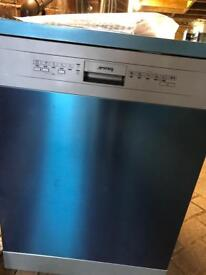 Smeg Full Size Silver Dishwasher New and Unused Rrp £399 !!