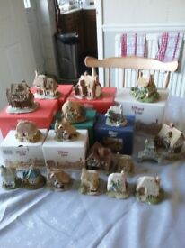 Large collection of lilliput lane houses/cottages