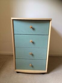 Bedside chest/table
