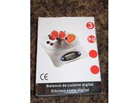 Scales electronic - Kg & Lbs/Oz - Max 3Kg - Brand New