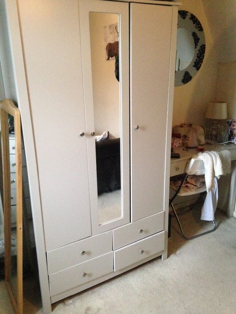 Reduced Bedroom Furniture - Reduced Bedroom Furniture CHC Homes