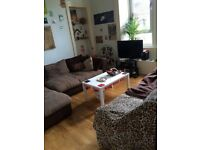 Double room to rent in a 2 bedroom flat