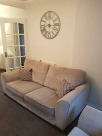 Grey fabric scs 4 seater sofa & snuggle chair