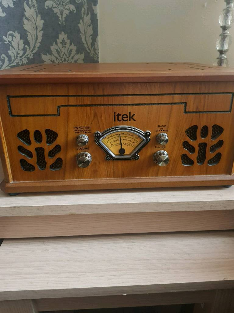 Itek record player