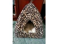 Cat or small dog igloo bed. Brand new.