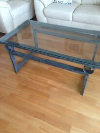 "Coffee table metal frame ""Tang"" design with glass top"