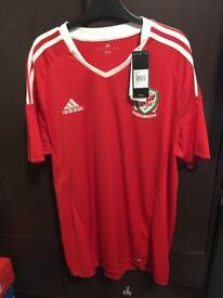Wales football top brand new with tags