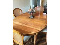 Stunning cherrywood dining room table and 6 chairs- emaculate condition