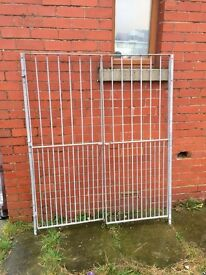 Galvanised steel double gates with hinges