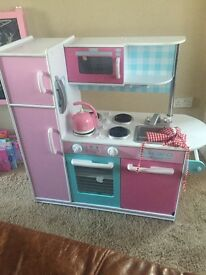 Girls toy kitchen