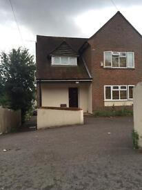 Double rooms to rent £125 Per week all bills included