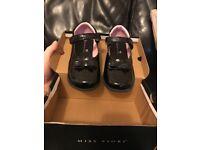 Girls school shoes Miss Fiori size 1