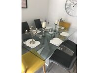 Table and 6 chair excellent condition